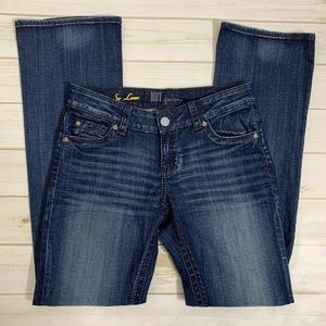 Distressed denim jeans by Kut from the Kloth